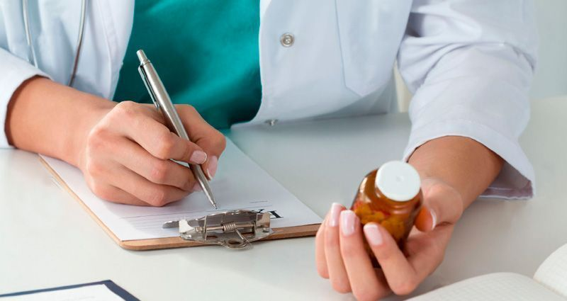 Seguimiento farmacoterapéutico segumiento_farmacoterapeutico